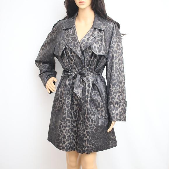Sanyo by Carol Cohen Jackets & Blazers - NEW Sanyo Leopard Print Light Trench Coat